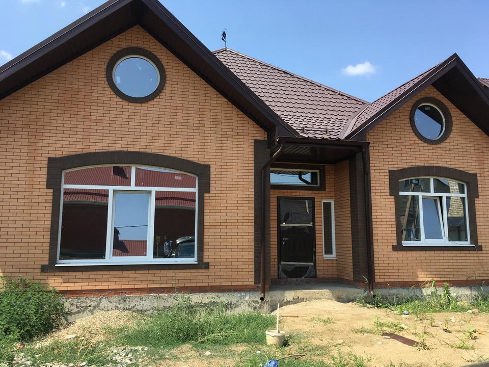 Роскошный стильный дом на земельном участке участок 8 соток